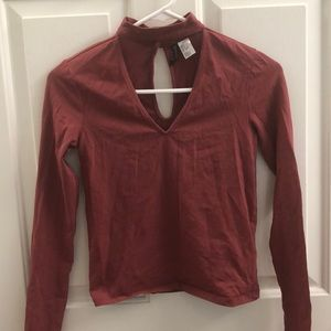 Long Sleeve Cut Out V-Neck Top